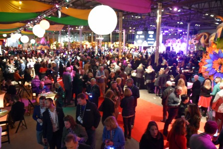 Mardi_Gras_World_849
